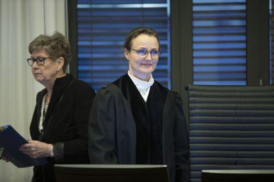 Tingrettsdommer Katinka Mahieu ga ingen av partene i Stendi-saken fullt medhold i forrige rettsrunde. Nå skal lagmannsretten ta stilling til om 22 miljøarbeidere skulle vært fast ansatt hos velferdskonsernet og ikke hentet inn som selvstendige konsulenter. Her fra rettssaken i Oslo tingrett i januar 2019.