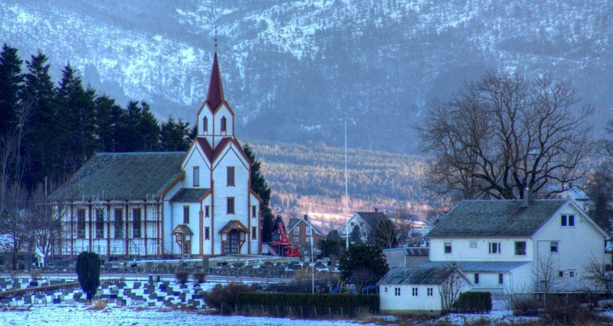 Vestnes kommune i Møre og Romsddal er den kommunen som prosentvis økte folketallet mest i 2020, men det har sammenheng med en grensejustering hvor Vestnes har overtatt innbyggere fra Rauma kommune.