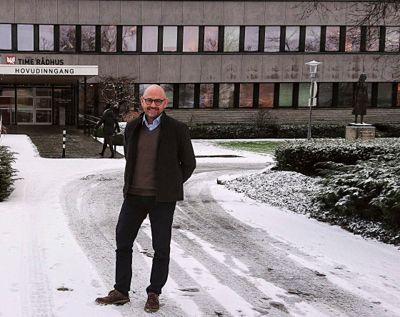 Kommunedirektør Trygve Apeland i Time kommune sier nå det er positivt at ansatte engasjerer seg i aktuelle samfunnsspørsmål.