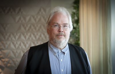 – Alle skal jobbe et sted, og dette stedet er alltid en kommune, filosoferte Jon Gunnar Pedersen, utvalgsleder for Norge mot 2025.