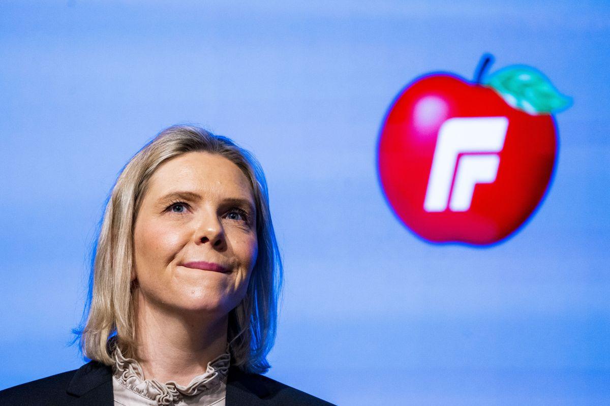 Sylvi Listhaug lurer på om hun kan vinne velgere fra Sp hvis hun leder Fremskrittspartiet inn i valgkampen som partiet for de tiltakstrøtte.
