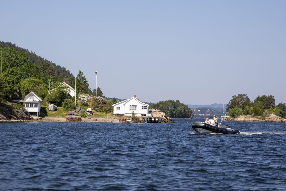 Over 40 prosent av Norges befolkning bor under 45 minutters kjøring fra Oslofjorden. Bildet er fra Sætre i tidligere Hurum kommune, nå Asker.
