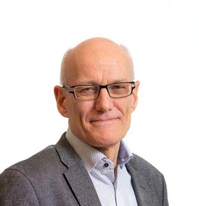 Arve Semb Christophersen er tidligere rådmann i Larvik og Lardal. Nå ønsker han å bli fylkesrådmann i Vestfold og Telemark.