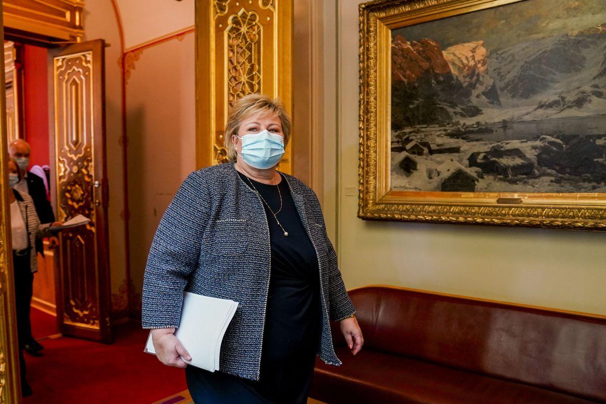 Statsminister Erna Solberg (H) var onsdag i Stortinget for å legge fram regjeringens plan om gjenåpning av samfunnet etter koronapandemien.