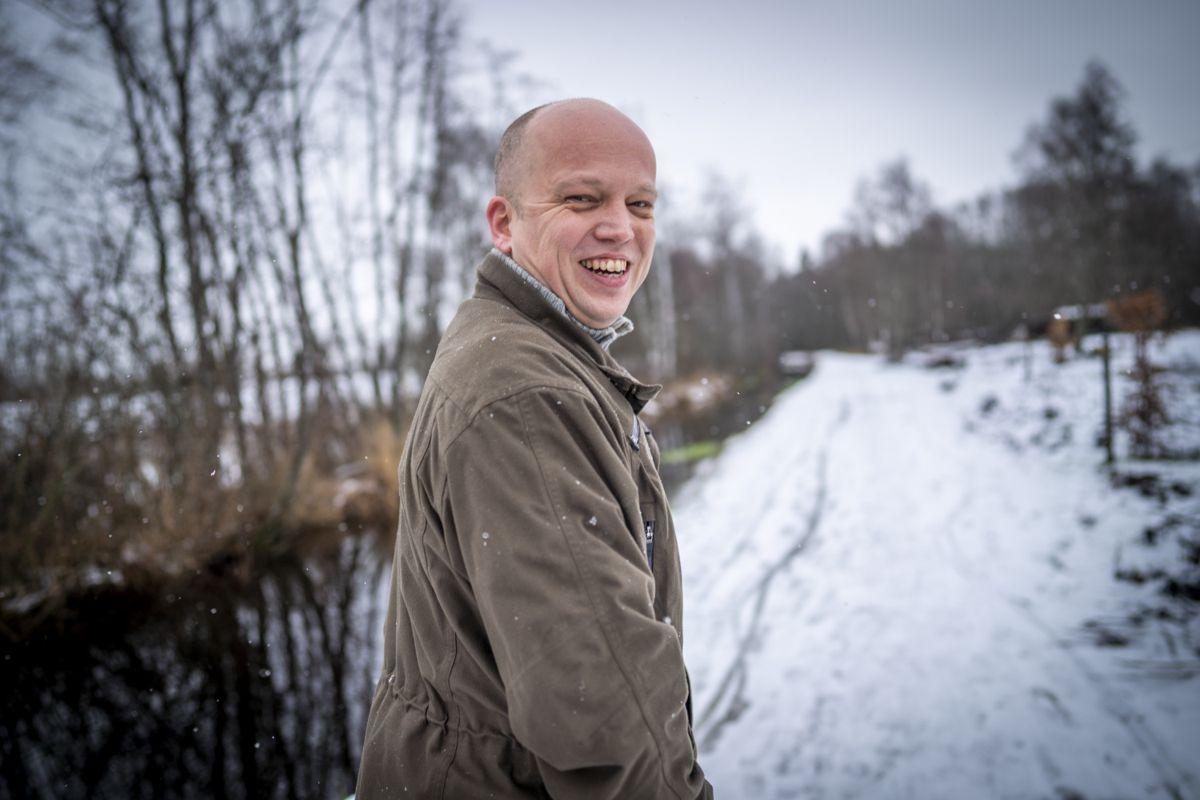 Senterpartiets leder Trygve Slagsvold Vedum lover at fylker og kommuner som er sammenslått ved tvang, skal få mulighet til å bli selvstendige igjen.