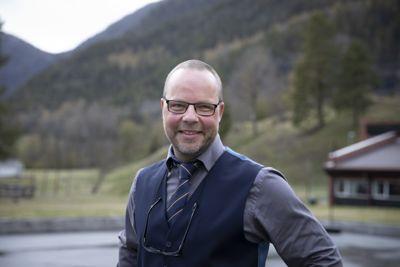 Ordfører Bengt Halvard Odden (Ap) i Hjartdal er tilfreds med å ha fått ni søkere til topplederjobben. Han skulle gjerne hatt flere med kommunedirektør- eller kommunalsjeferfaring.