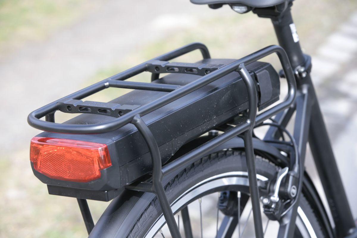 Staten bør trå til med støtte til folk som kjøper sykkel med batteri, mener MDG. På verden sykkeldag lanserer de ideen om en elsykkelmilliard.