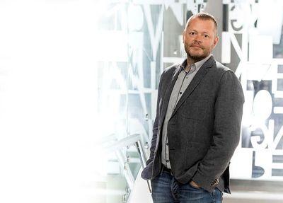Fylkesleder Steinar Strømsli for Utdanningsforbundet Vestland mener det er på tide å prøve lønn som rekrutteringstiltak.