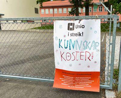 Lærere over hele landet har streiket.