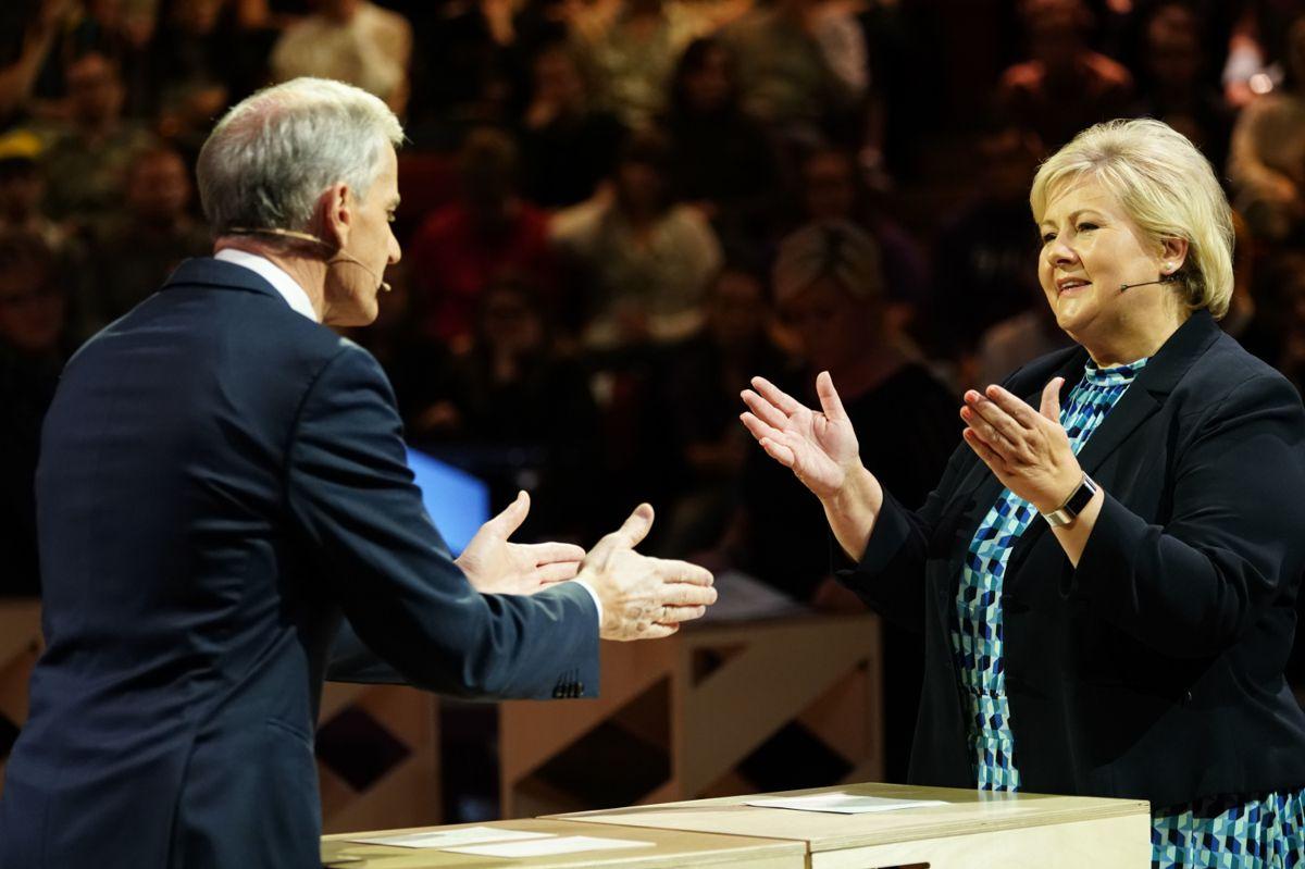 Partilederne Jonas Gahr Støre (Ap) og Erna Solberg (H) kjemper om å bli statsminister etter valget 14. september. Bildet er fra valgkampen i 2019.