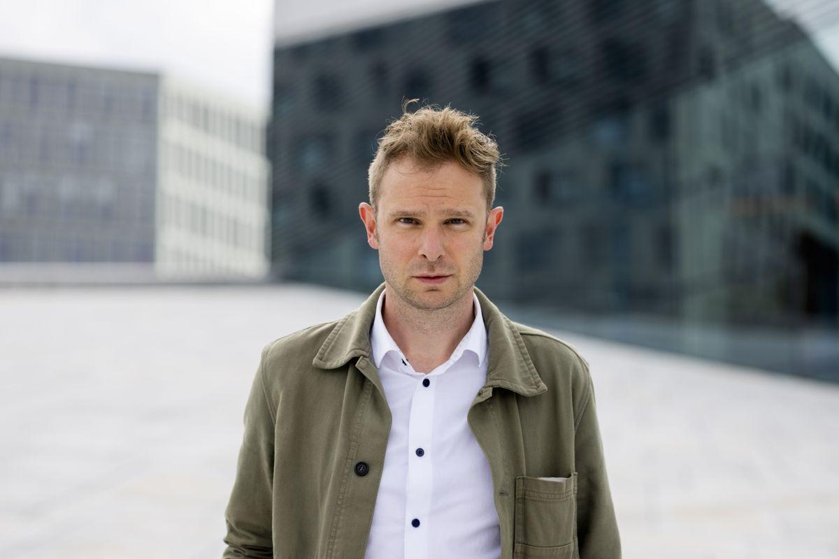Snorre Valen tar et oppgjør med den manglende politiske debatten i etterkant av 22. juli i boka «Utøyakortet».