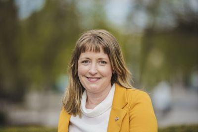– Det er tydelig at folk ikke forstår hvor farlig det kan være å kjøre elsparkesykkel, sier Ingelin Noresjø, statssekretær i Samferdselsdepartementet og andre nestleder i KrF.