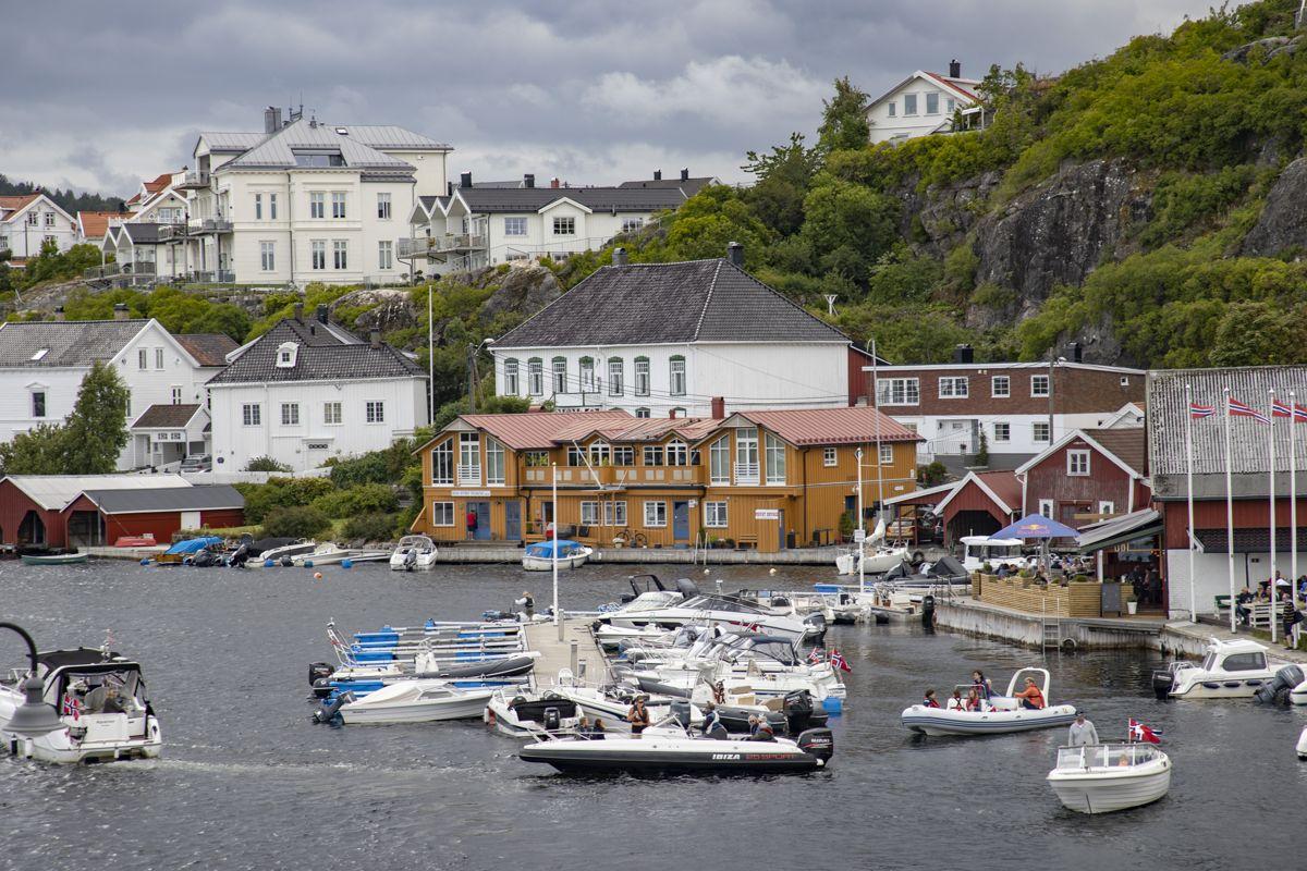 Mindre byer som Kragerø er viktige, men blir glemt, mener Linda Hofstad Helleland (H).