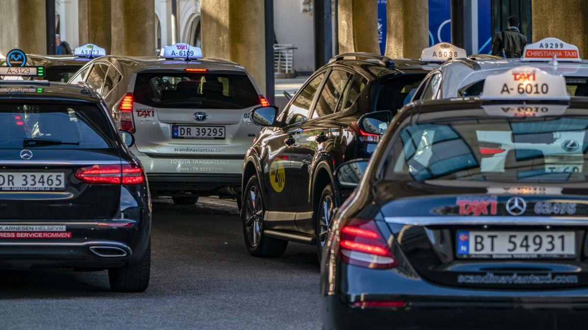 Siden taxireformen i november har det blitt registrert 2.890 nye løyver i Norge. I hovedstaden har antallet løyver økt med 51 prosent.