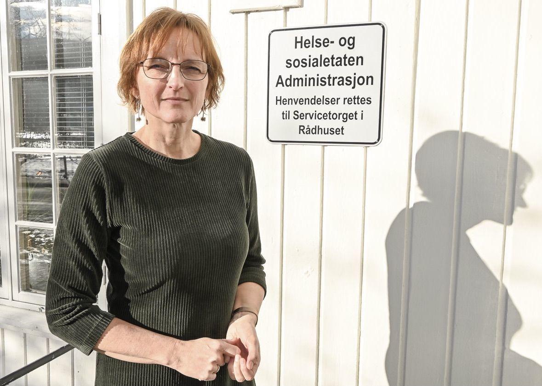 Rådmann Aud Norunn Strand i Modum sier at kommunen merker et økt trykk på skolehelsetjenesten, barnevernet og lavterskeltilbud innen psykisk helse.