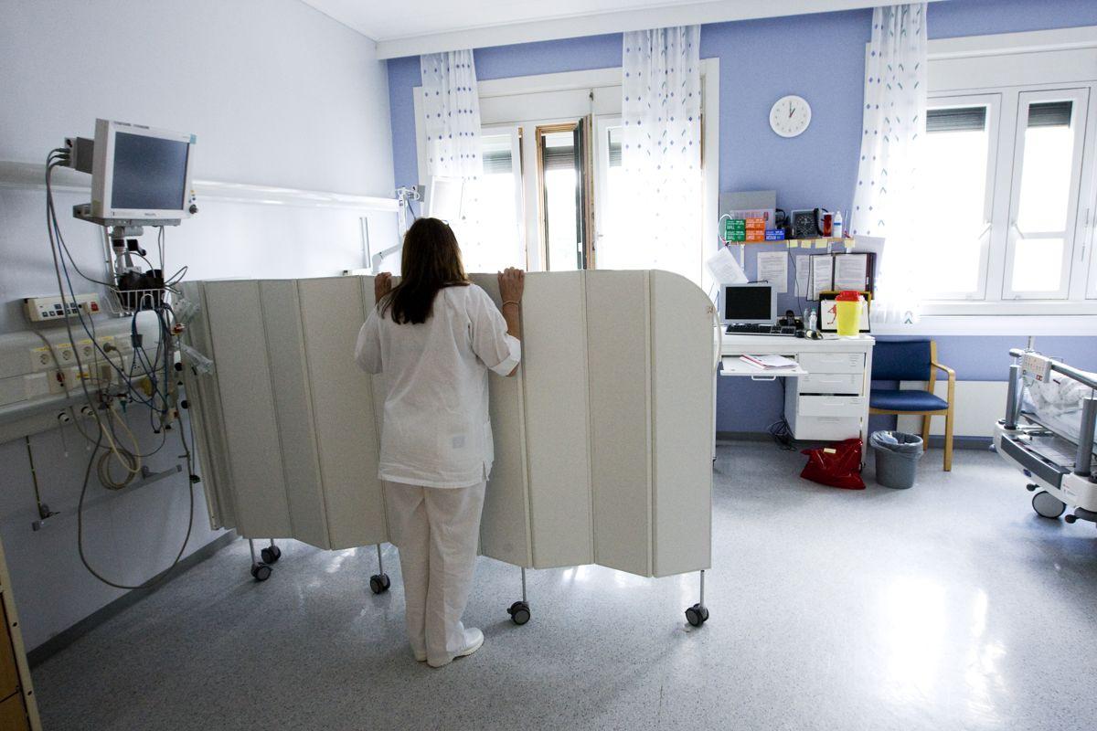 Som sykepleier selv, kjenner jeg på kroppen hvordan det føles ikke å ha tid til pasientene mine, skriver Åse Kristin Ask Bakke.