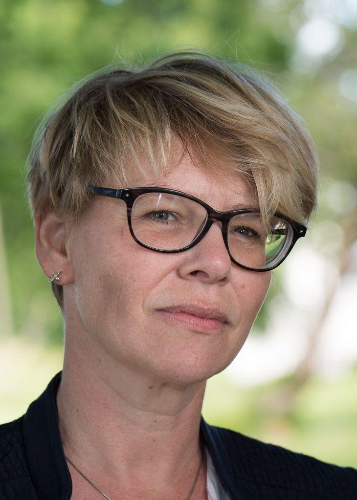 Christina Qvam Heggertveit, fylkesskogmeister, Møre og Romsdal, oppmodar kommunar i fylket om å søke midlar for å bygge eller rehabilitere bygg i tre.