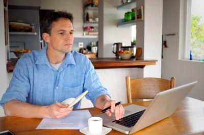 Hjemmekontor gir bedre konsentrasjon enn det vanlige kontoret. Det mener nesten 50 prosent, uavhengig av alder, ifølge en fersk undersøkelse.