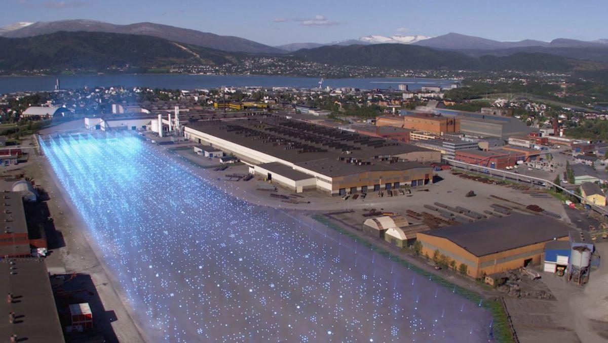Slik kan en batterifabrikk se ut. Her er den planlagte batterifabrikken til Freyr i Rana kommune.