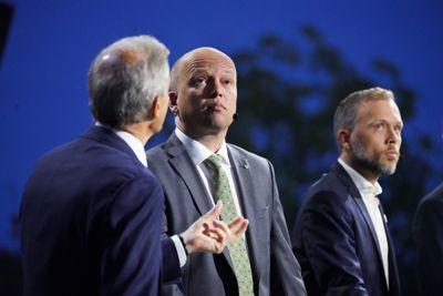 Leder i Arbeiderpartiet Jonas Gahr Støre, leder i Senterpartiet Trygve Slagsvold Vedum og leder i Sosialistisk Venstreparti Audun Lysbakken under NRKs direktesendte partilederdebatt i Arendal mandag kveld.
