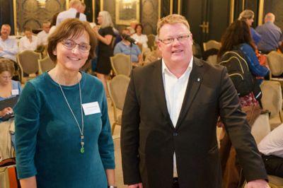 Hugo Thode Hansen, kommunedirektør i Harstad og Aud Norunn Strand, rådmann i Modum, er henholdsvis leder og nestleder i Norsk Kommunedirektørforum, tidligere Norsk Rådmannsforum.
