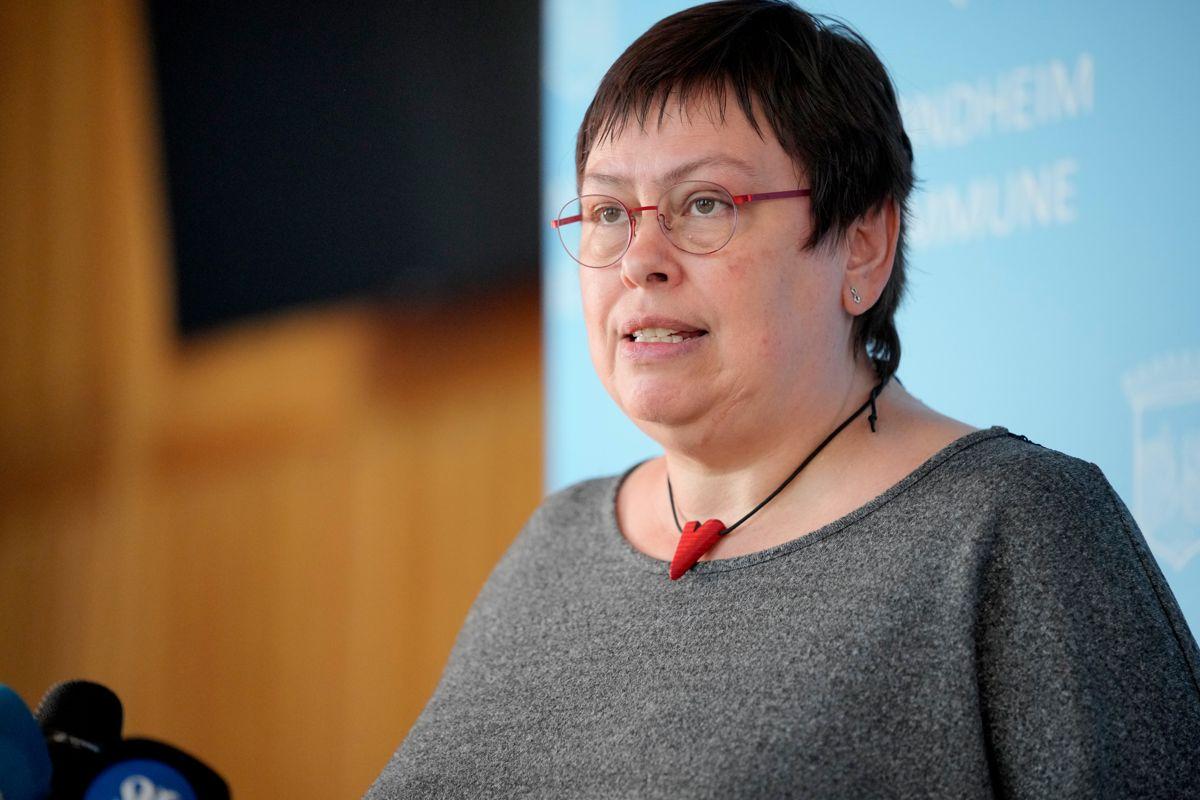 – Vi må se på mange forskjellige tiltak for å sørge for at smitten ikke kommer ut av kontroll, sier ordfører Rita Ottervik til avisa Nidaros.