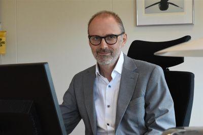 Rune Landro, konstituert kommunedirektør i Øygarden kommune, har anbefalt kommunestyret å legge pensjonsløsningen ut på anbud. Det har kommunestyret sagt ja til.