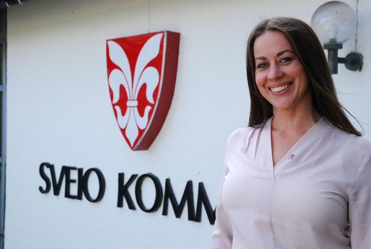 Ordfører Linn Therese Erve (Ap) Sveio har ennå ikke bestemt seg for hva hun vil anbefale kommunestyret å stemme i saken om fylkesbytte fra Vestland til Rogaland.