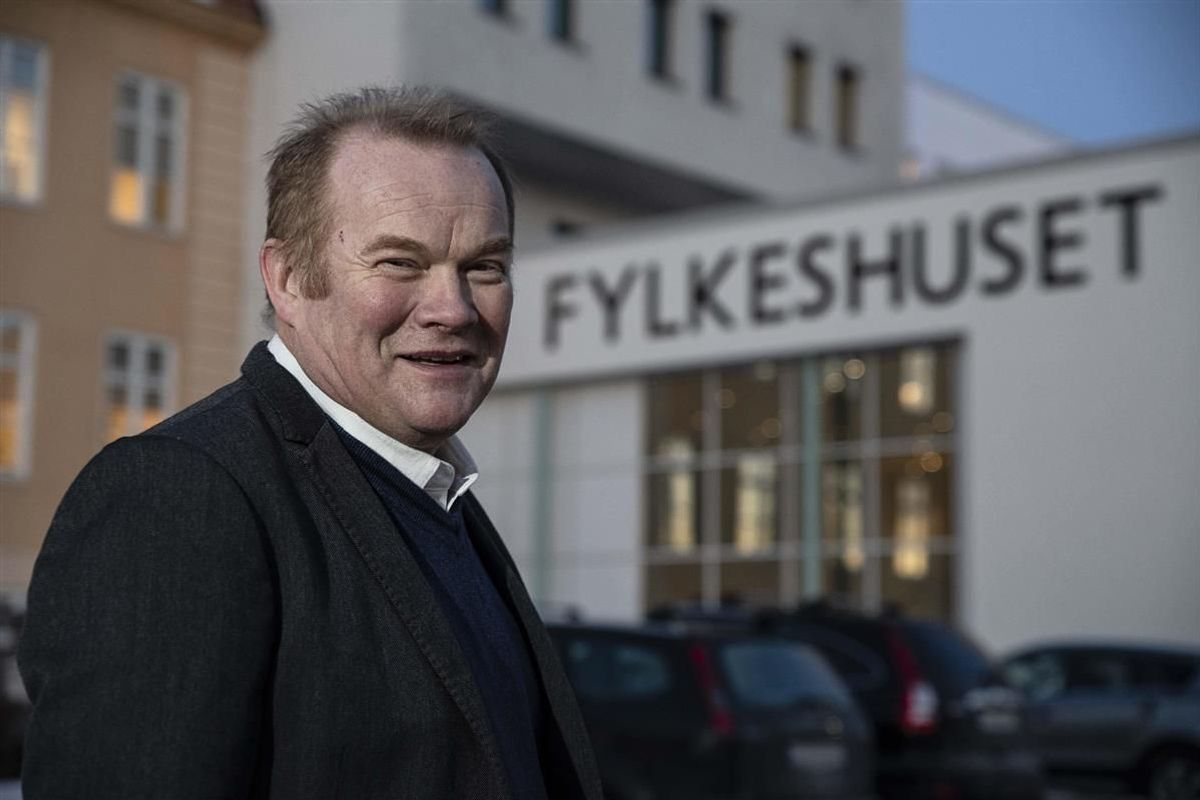 Prosjektgrupper har sett på hvordan Troms og Finnmark kan gjenopprettes som fylkeskommuner, og hvordan de kan drives videre til den formelle dato for oppdeling. Det har resultert i en rapport som er overlevert Fylkesrådsleder Bjørn Inge Mo (Ap).