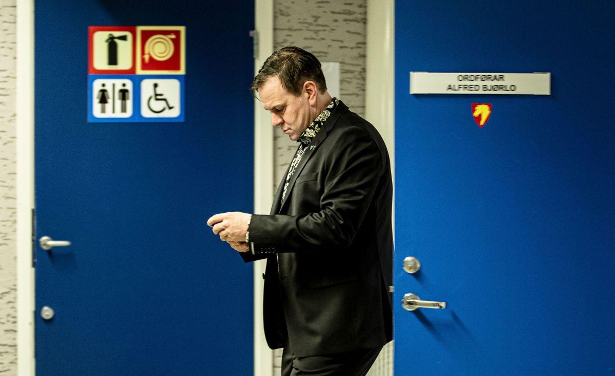 Stad-ordfører Alfred Bjørlo (V) skal snart forlate ordførerkontoret i Stad og dra til Oslo.