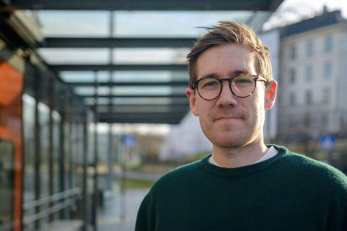 Thor Haakon Bakke (MDG), byråd forklima, miljø og byutvikling i Bergen, ber departementet vurdere lenger frist for parlamentarisk styrte kommuner.