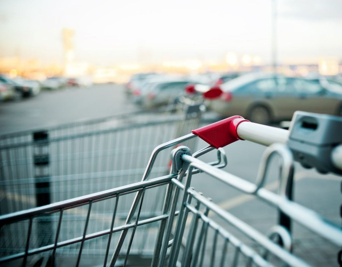 Butikschefen fortæller, at hans råb om hjælp har haft en effekt. Genrefoto.