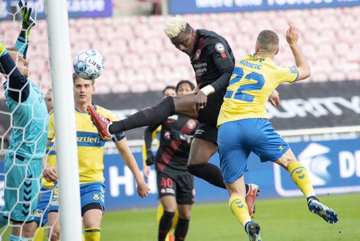 FC Midtjyllands Sory Kaba scorede kampens eneste mål, da midtjyderne vandt 1-0 over Brøndby i topkampen i Superligaen. Foto: Bo Amstrup/Scanpix