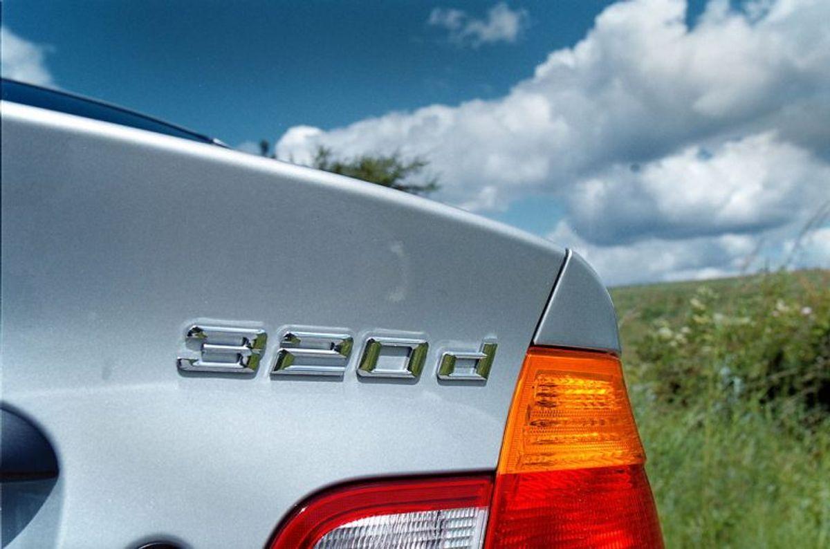 8: BMW 320d Touring. Her er de to tal meget tæt på hinanden: Det forventede antal kilometer på literen er 20,5, – den kører 19,9. Foto: Scanpix.