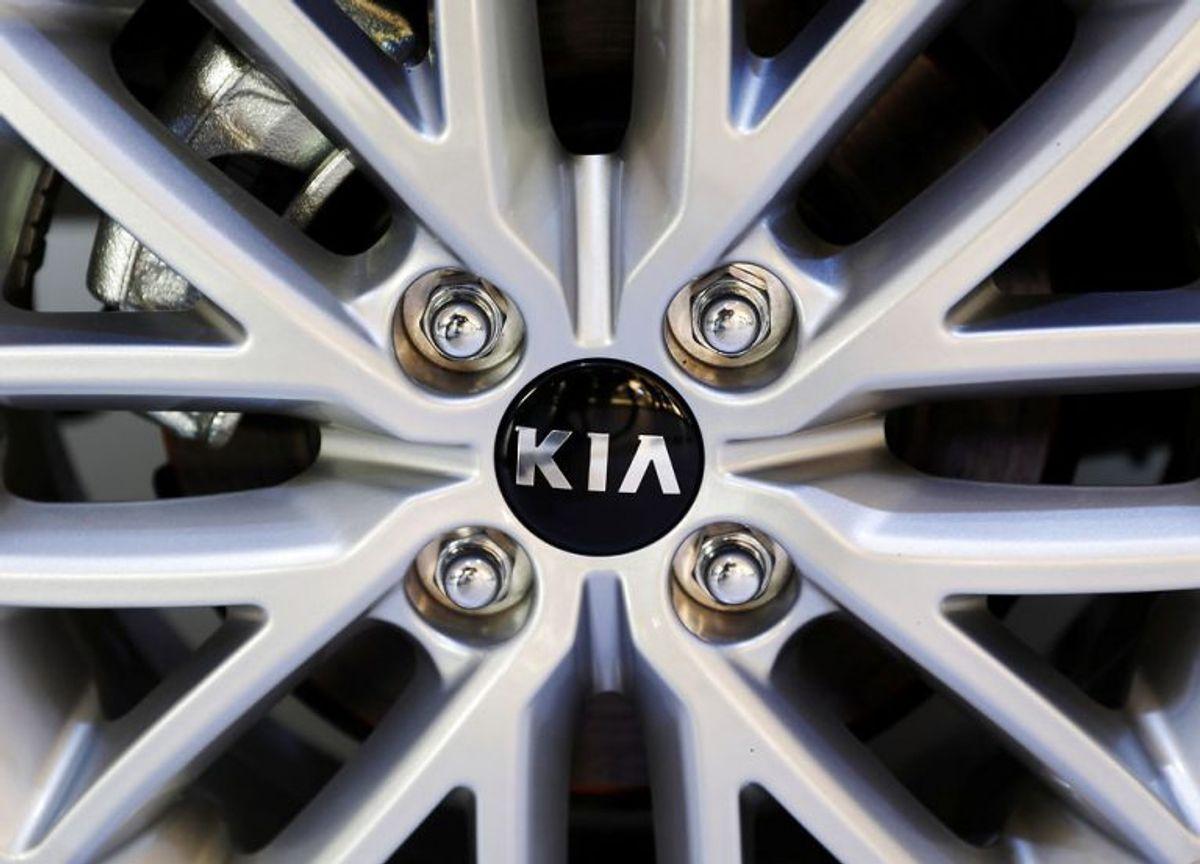 Kia Ceed sportswagon 1.6 CRD ender på en 4. plads. Den kommer op på 20,9 kilometer på literen, omend den lover at kunne køre 22,7. Ikke den helt store forskel. Foto: Henry Romero/Scanpix.