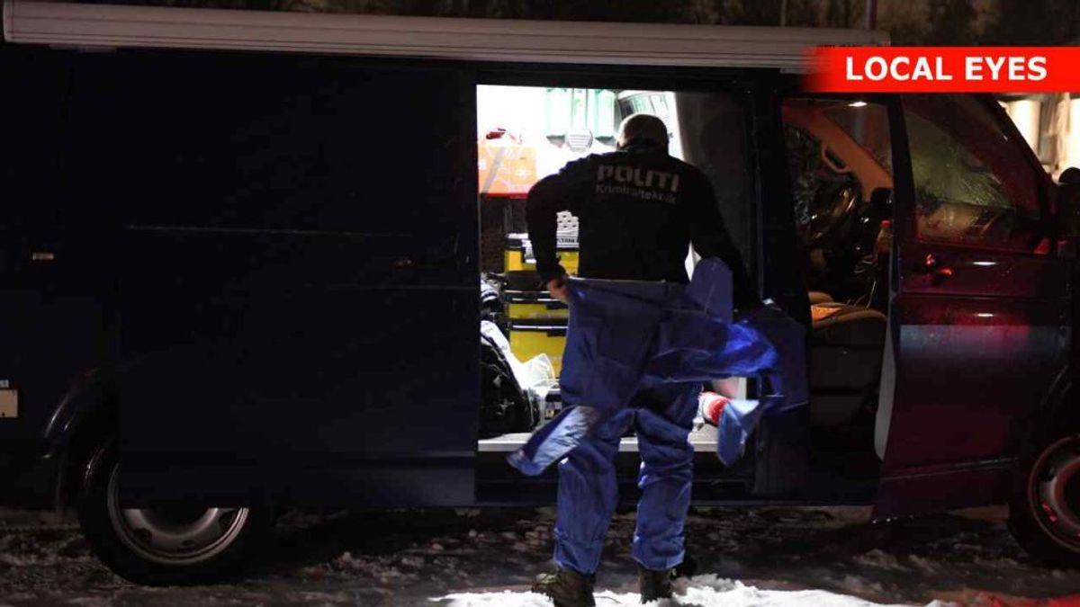 En mand og kvinde er fundet døde i et badekar i en villa i Sæby. Foto: Local Eyes
