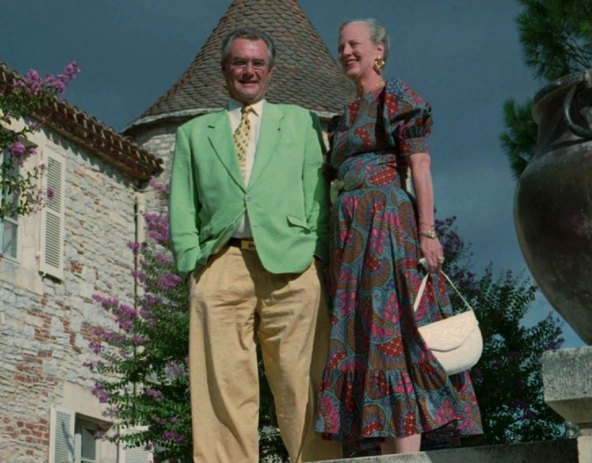 Dronning Margrethe og prins Henrik ved pressemøde på Chateau de Cayx i Cahors i 1994, året hvor prinsen fyldte 60. Foto: Jørgen Jessen/Scanpix.