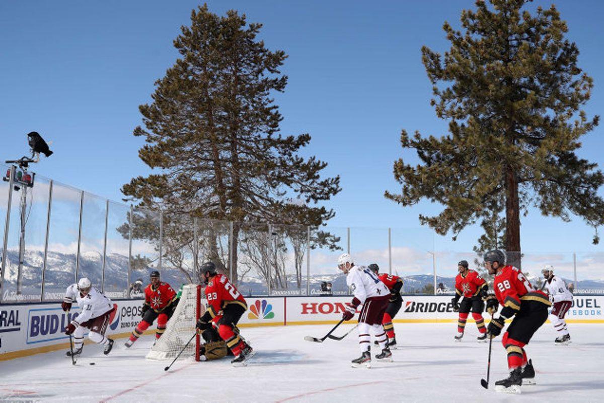 NHL har siden 2008 afholdt 30 kampe udendørs. Foto: Christian Petersen/AFP