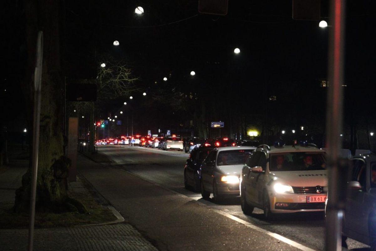 Kaotiske tilstande midt i Aarhus. Klik for flere billeder. Foto: Presse-fotos.dk
