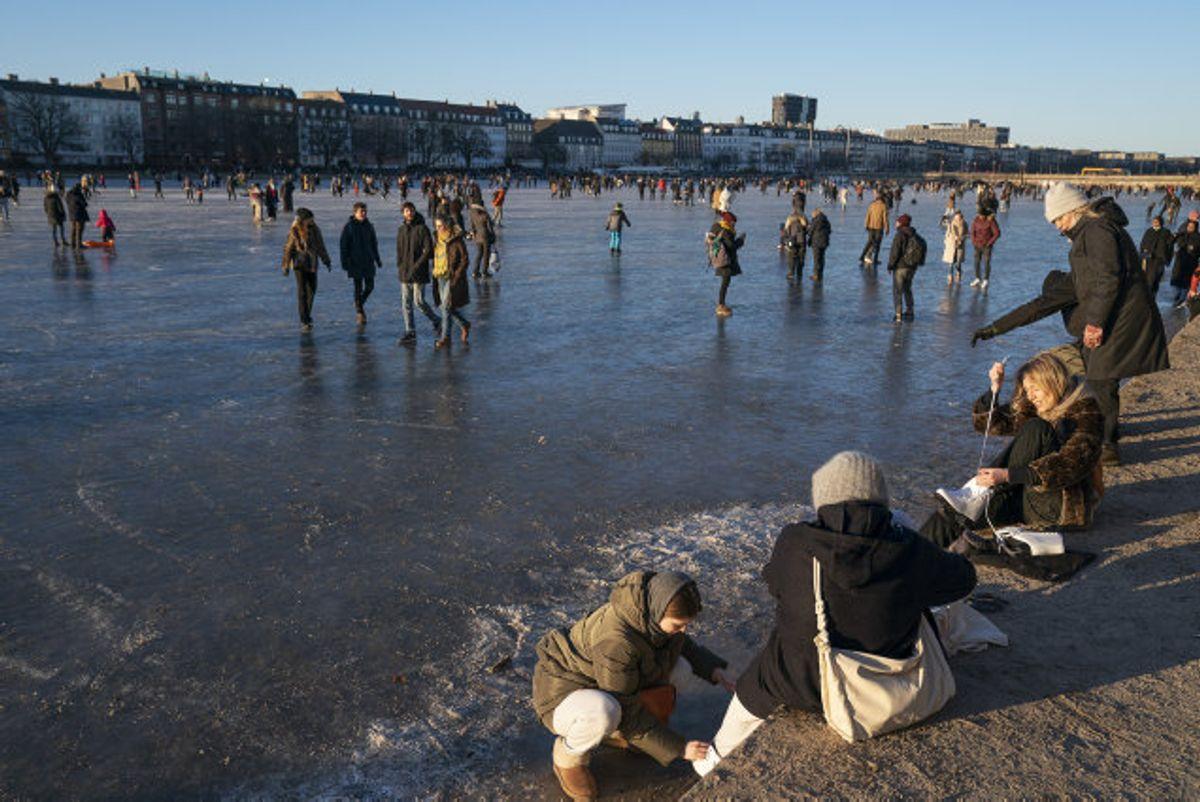 Danskernes bekymring falder med smittetallene. (Arkivfoto) Foto: Claus Bech/Scanpix