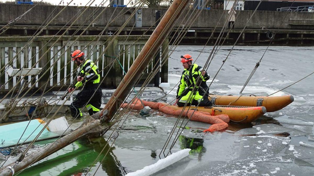 Et trist syn for en sømand. Klik for flere billeder. Foto: Øxenholt Foto