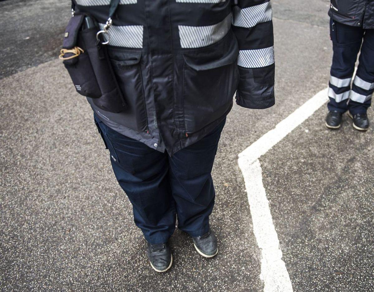 P-vagt blev påkørt med vilje af en lillahåret kvinde i Odense. Foto: Ritzau Scanpix