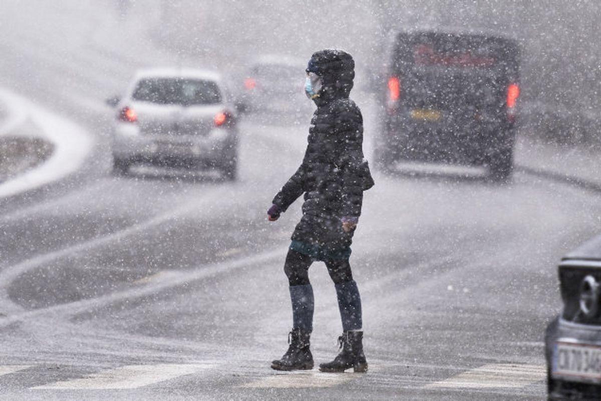 Vejdirektoratet advarer tirsdag morgen om glatte veje i hele landet. (Arkivfoto) Foto: Henning Bagger/Scanpix