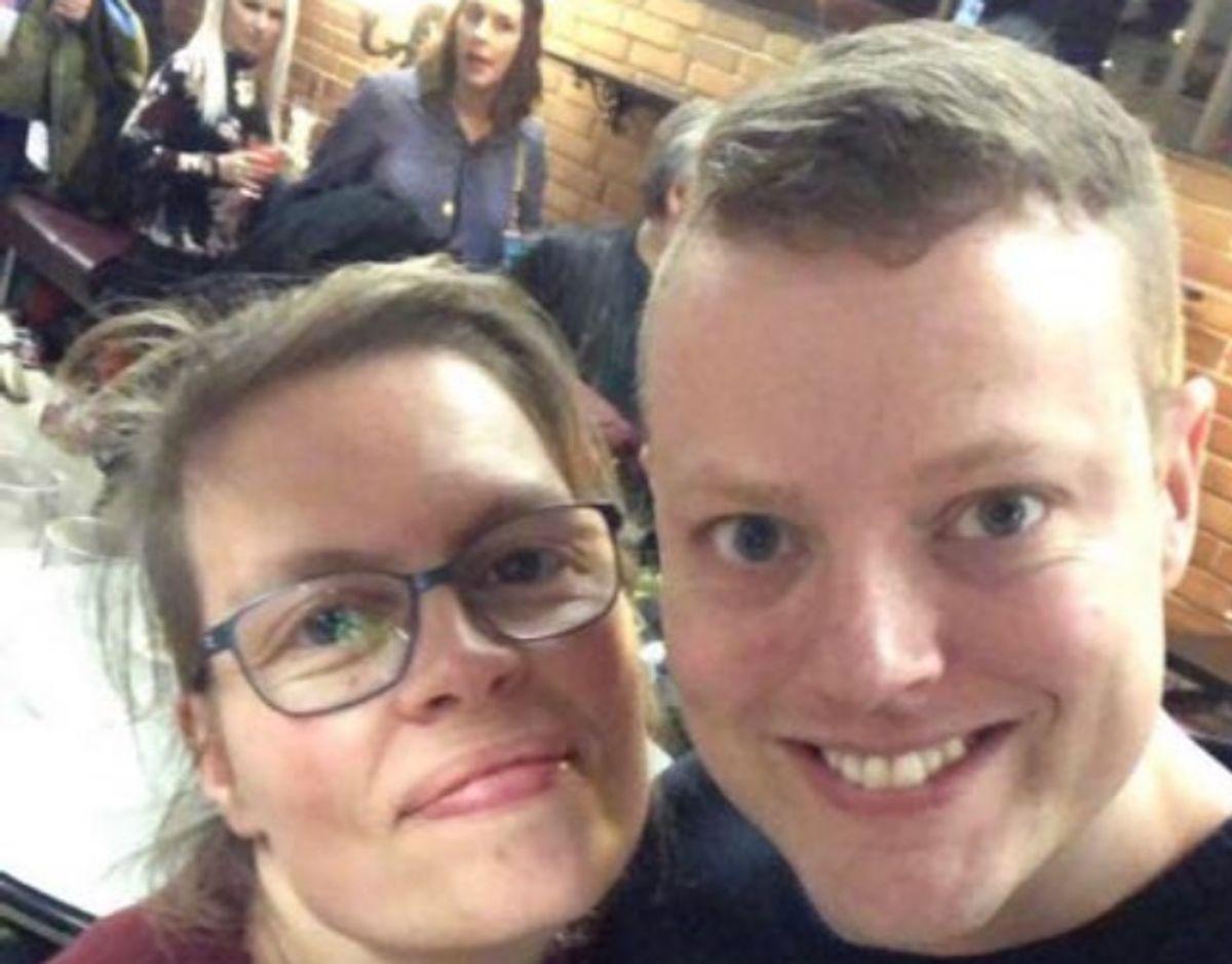 Steffen (til højre) og Freyja (til venstre) lærte hinanden at kende på studiet og forblev venner, frem til Freyjas død. Foto: Privat.