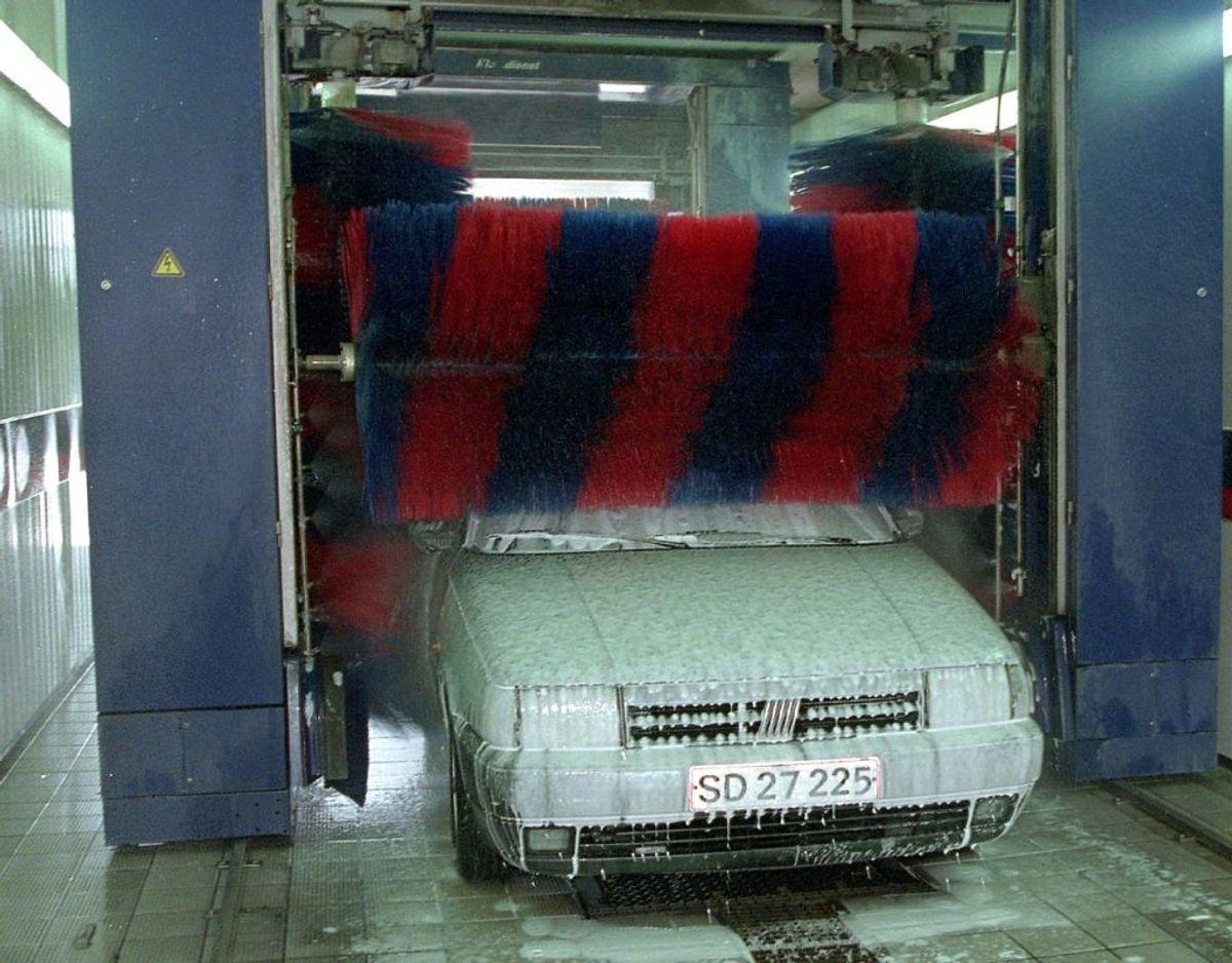 Bilisten, der virkede noget beruset, forsøgte at få sin bil vasket i vaskehallen. Arkivfoto: Bent K Rasmussen/NF/Ritzau Scanpix