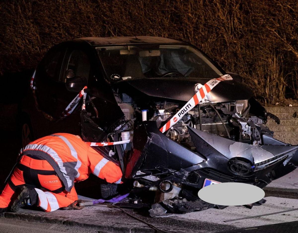 Den anden bil blev også kraftigt skadet. Foto: Rasmus Skaftved.