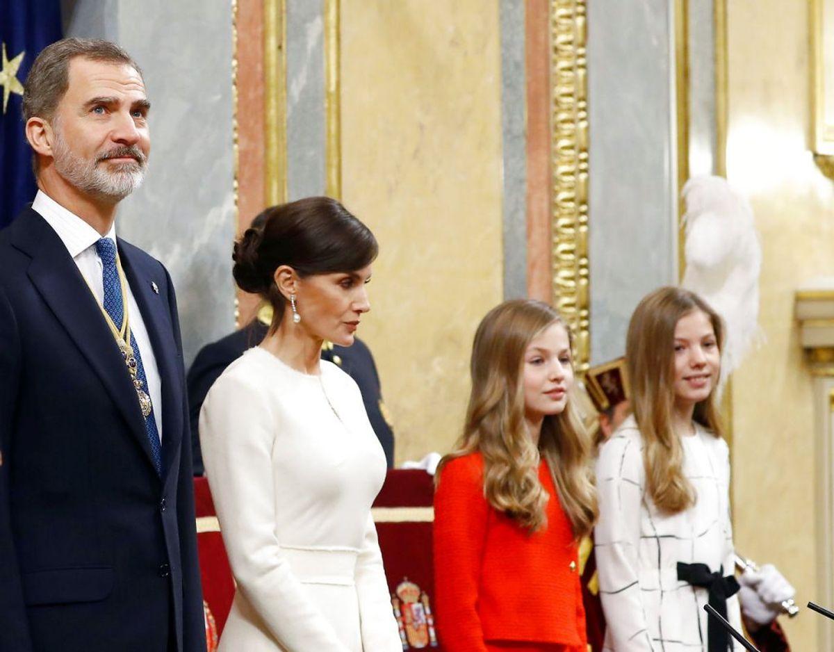 Den spanske kongefamilie – kong Felipe VI, dronning Letizia, kronprinsesse Leonor og prinsesse Sofia. Klik videre for flere billeder. Foto: Scanpix/REUTERS/Juan Medina