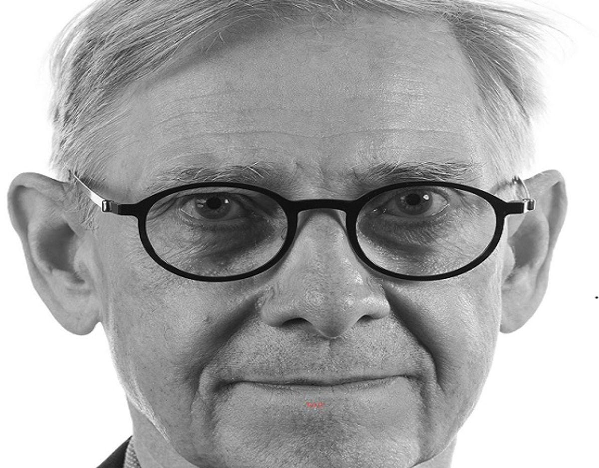 Kurt Klaudi Klausen, professor i offentlig forvaltning, mener ledelsen har et problem. Foto: PR-foto.