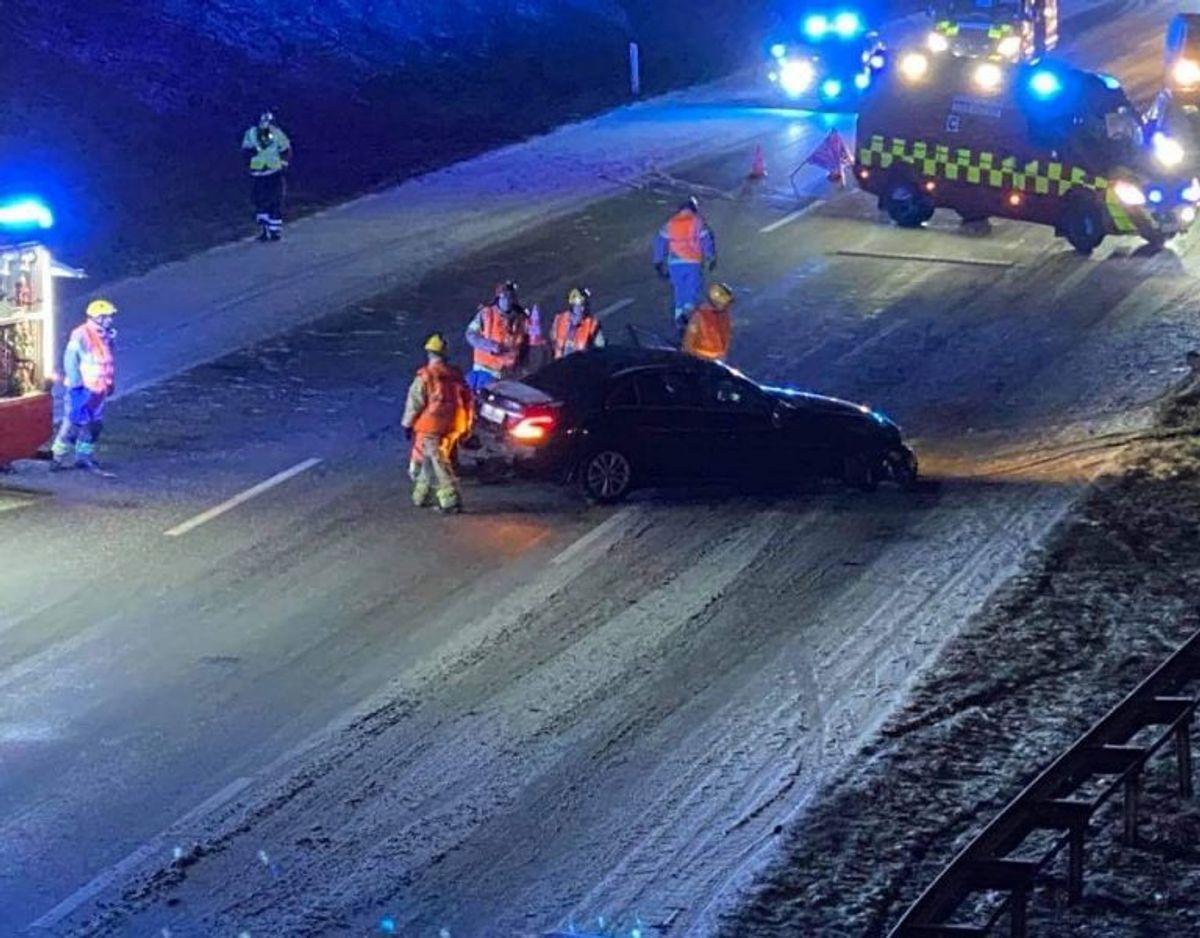 Årsagen til uheldet er onsdag morgen ukendt. Foto: Presse-fotos.dk. KLIK for mere.