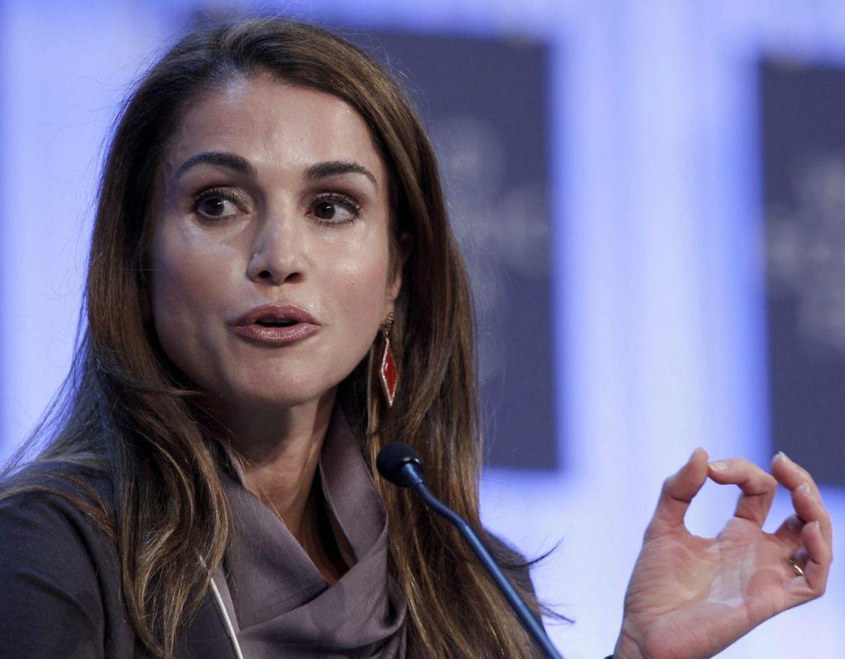 Dronning Rania af Jordan talte dunder, da hun i weekenden talte ved 'Warwick Economics Summit'. Klik videre for flere billeder. Foto: Scanpix/ REUTERS/Denis Balibouse
